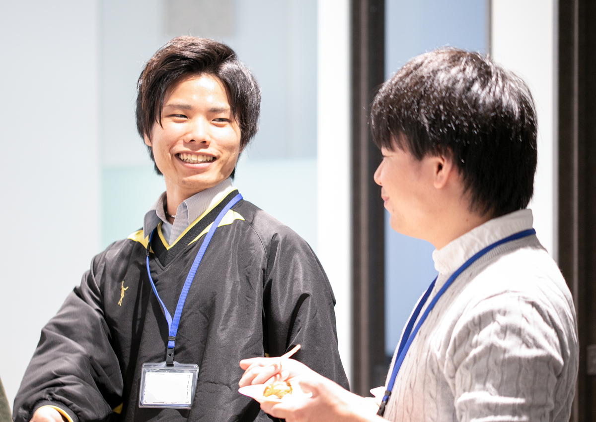 東京本社と佐賀支社のメンバーのランチ会「さがこみゅ!」でコミュニケーションが深まり、業務の質や効率が向上!